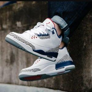 8d37b1906900 ... Brand new Retro OG 3 True Blue Jordans NEED GONE!